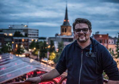 Portret Bart Sevenich tijdens WMC Buitenfestival
