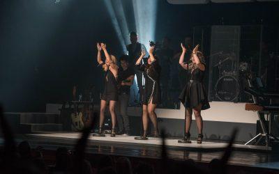 De meiden van OG3NE in een uitverkochte Parkstad Limburg Theaters
